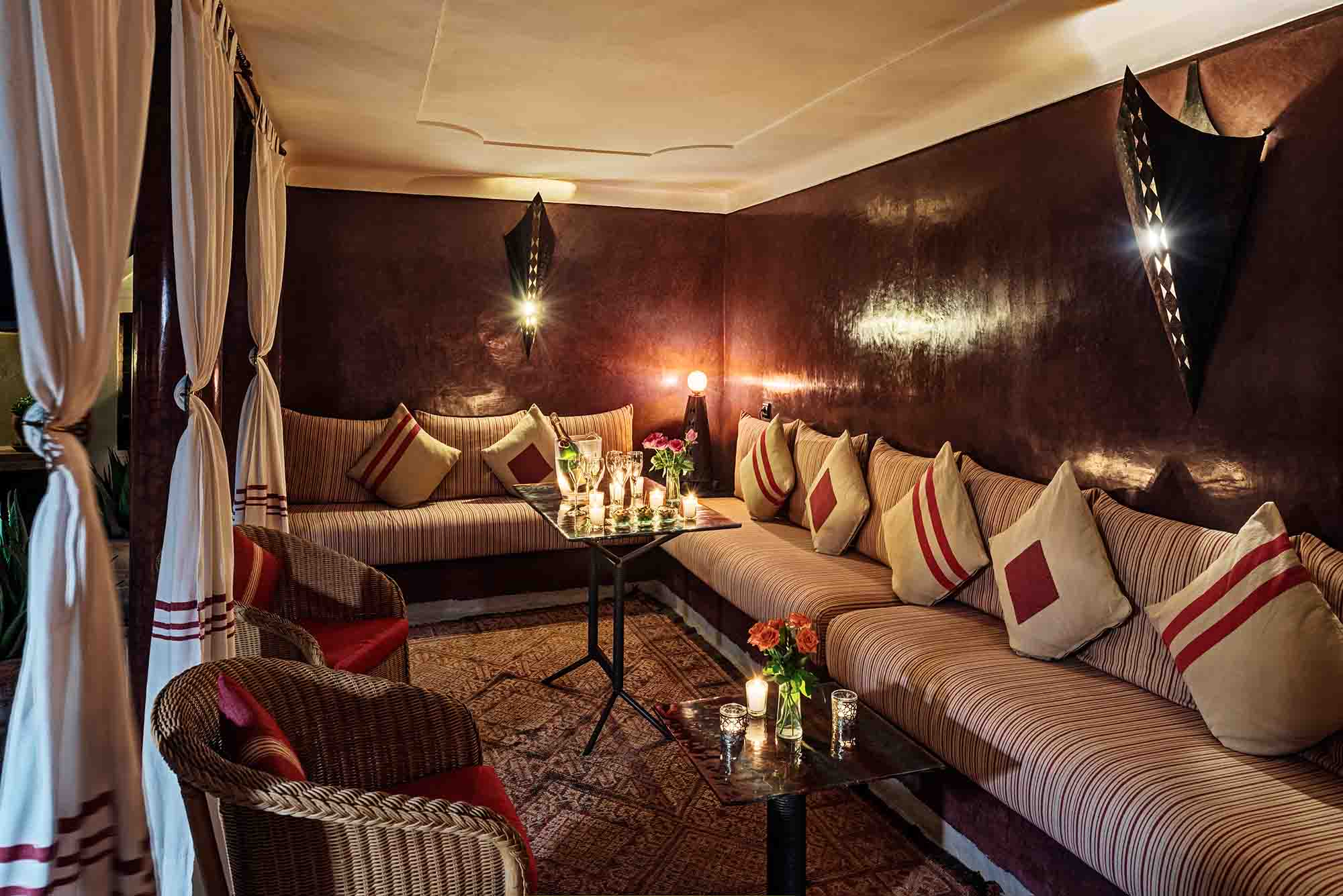 RIAD AZZAR GUEST HOUSE MARRAKECH LIVING ROOM