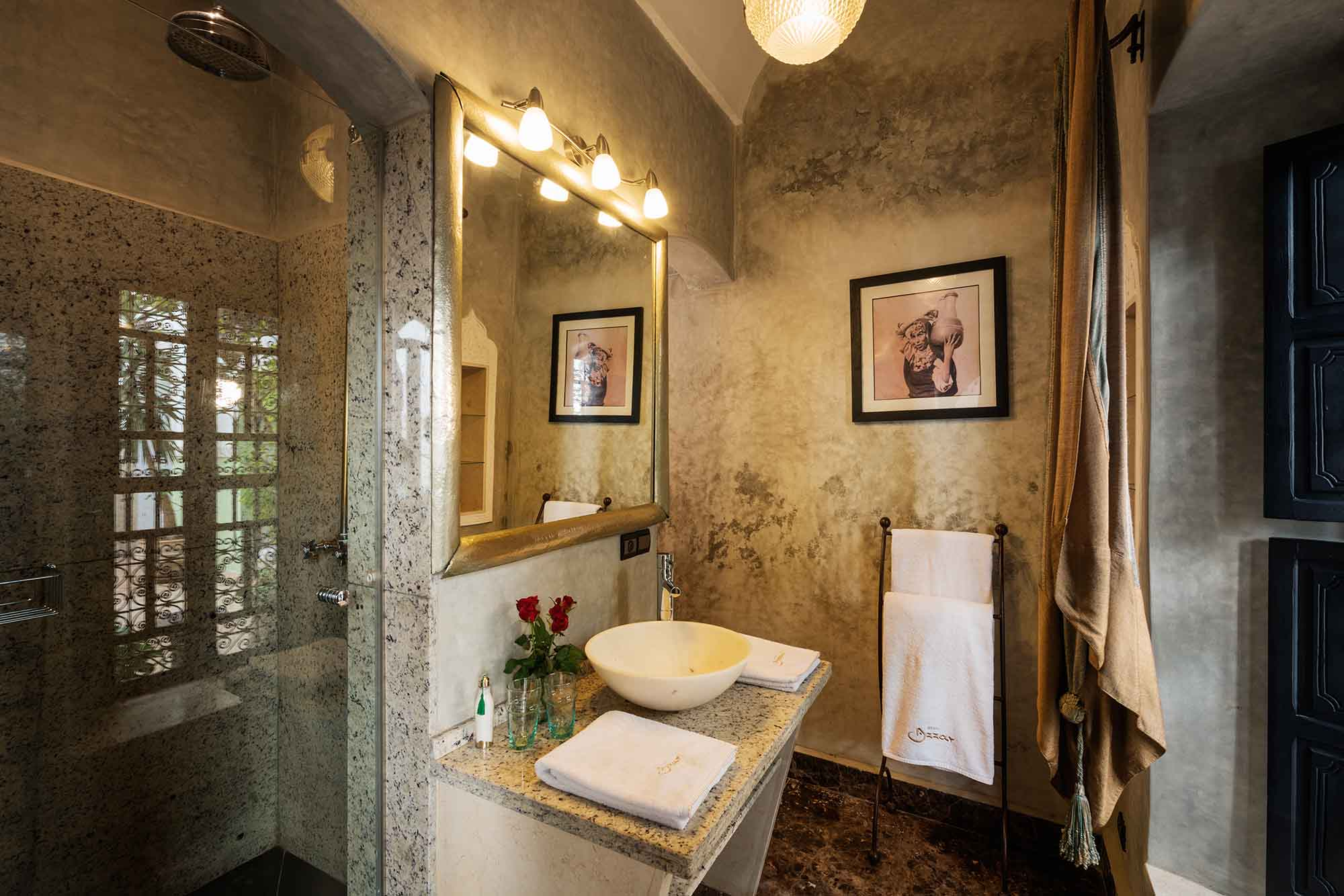 RIAD AZZAR GUEST HOUSE MARRAKECH BATHROOM